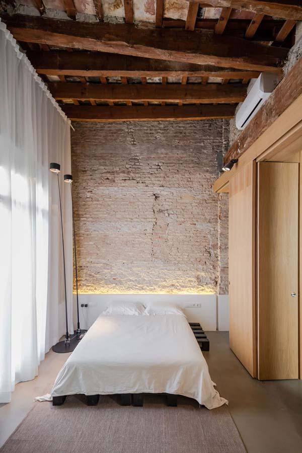 camera da letto rustico moderna