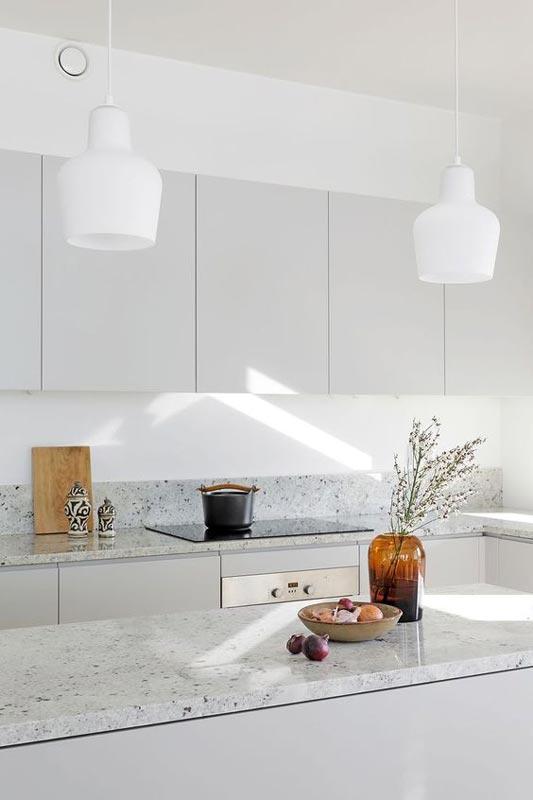 Cucina grigia chiaro