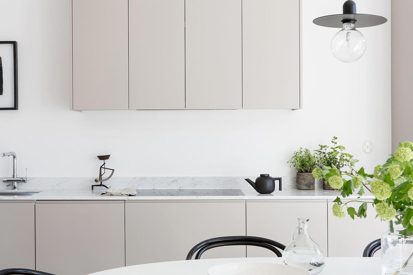 Cucina grigia moderna: una valida alternativa alla cucina nera
