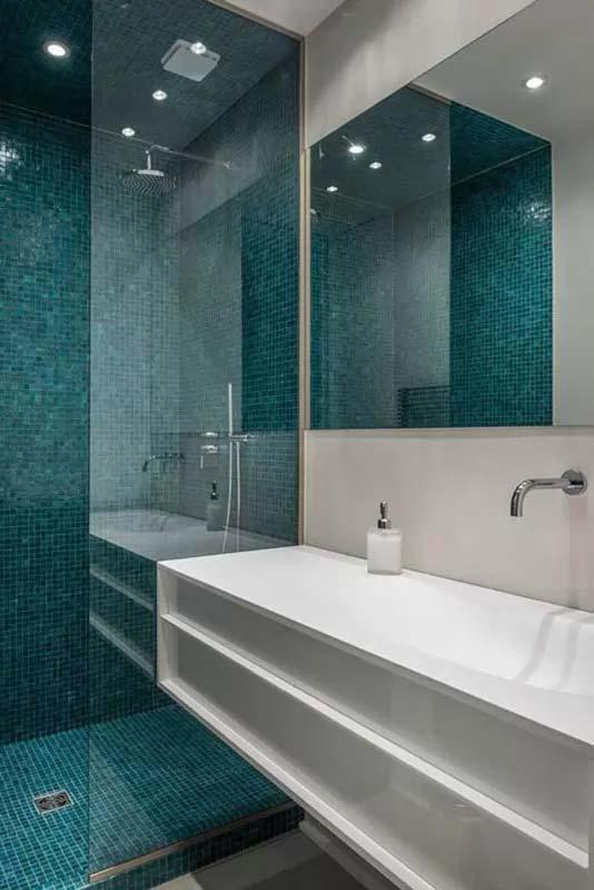 Mosaico in doccia
